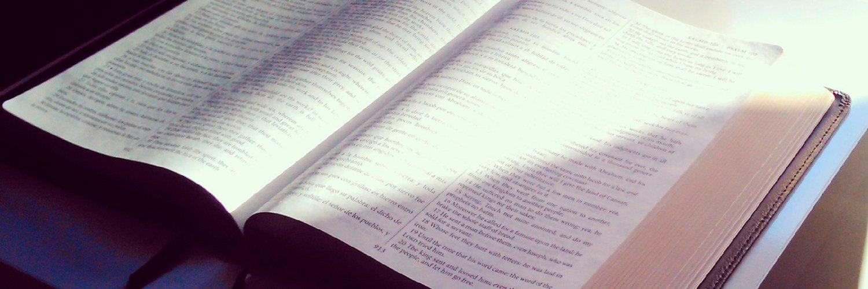 Capa Facebook cristao-capa-para-twitter-biblia Capas para Twitter