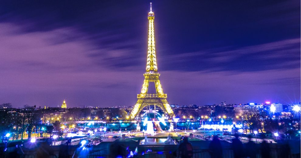 Vídeo de cearense no Facebook mostra Paris sem glamour — Viral