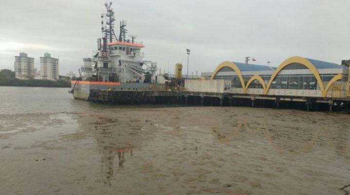 Recuo do mar em Itajaí (SC)