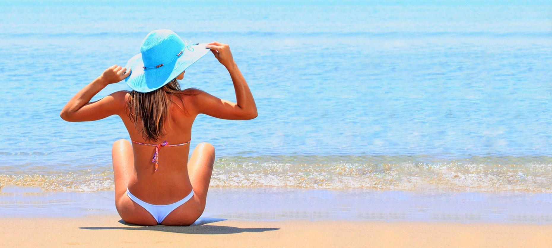 Frases De Verão 100 Dicas Para Legenda De Foto Sozinha Na Praia